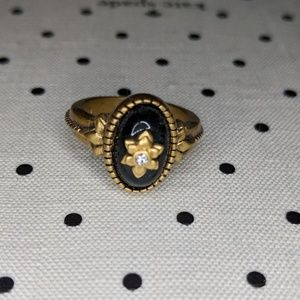 Flowerette Gold Tone Black Stone Ring